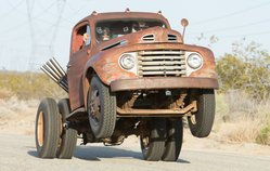 Weiand Blower and Holley Carbs Help Roadkill's Stubby Bob Drag the Hitch