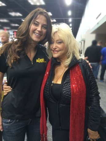 blog_jenny-long-and-linda-vaughn.jpg