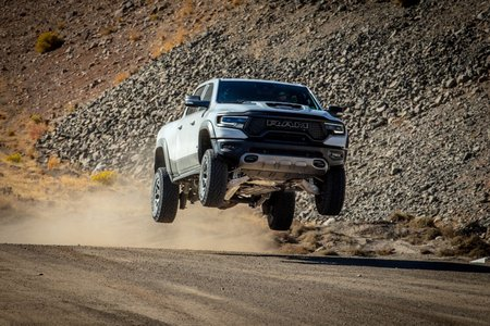 039-ram-trx-pickup-off-road.jpg