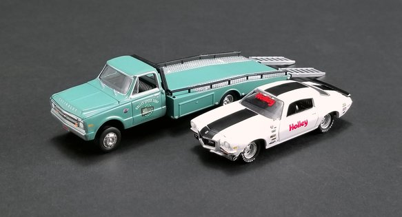 36-470 - Holley Chevy Ramp Truck and Chevy Camaro Diecast Model Image