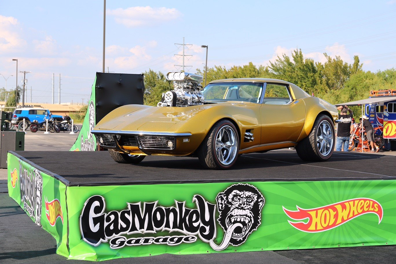 holley and weiand help power gas monkey garage hot wheels. Black Bedroom Furniture Sets. Home Design Ideas