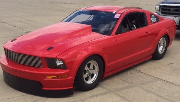 pete johnson s mustang 236 mph in the standing mile holley motor life mustang 236 mph in the standing mile